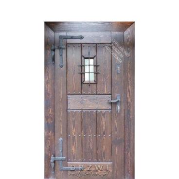 drzwi-wejsciowe-rustykalne-proste-z-okienkiem