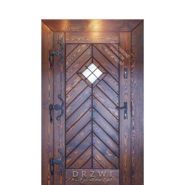 drzwi-zewnętrzne-drewniane-jodełka