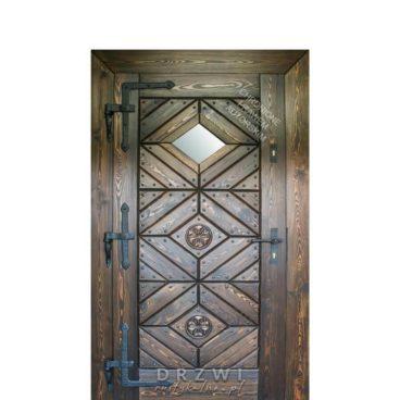 wejściowe-drzwi-z-rozetami-i-okienkiem