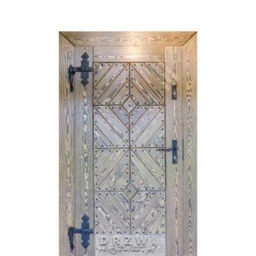 wejsciowe-drzwi-drewniane-ludowe-inspiracje